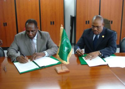 2014 SIGNING MOU WITH AUC ON 26 MARCH